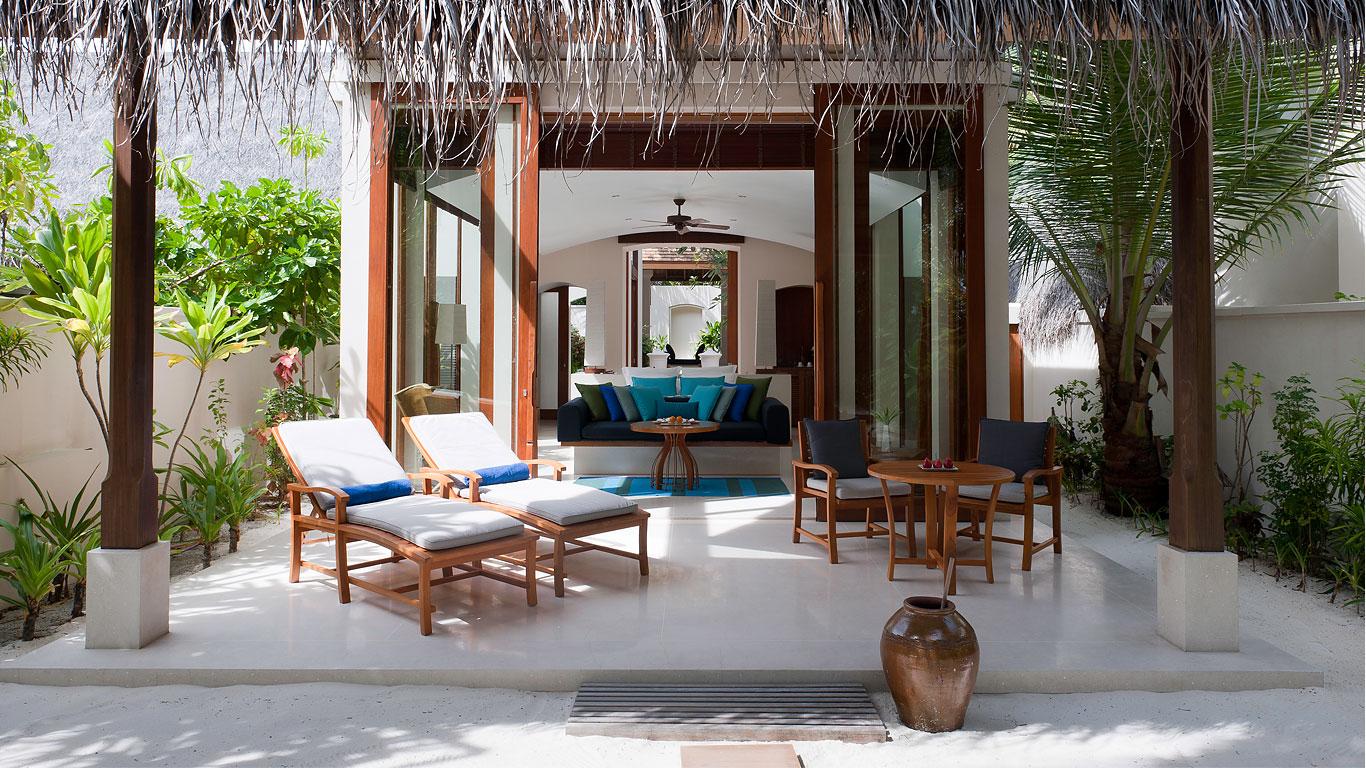 conrad-rangali Bamboo Collection