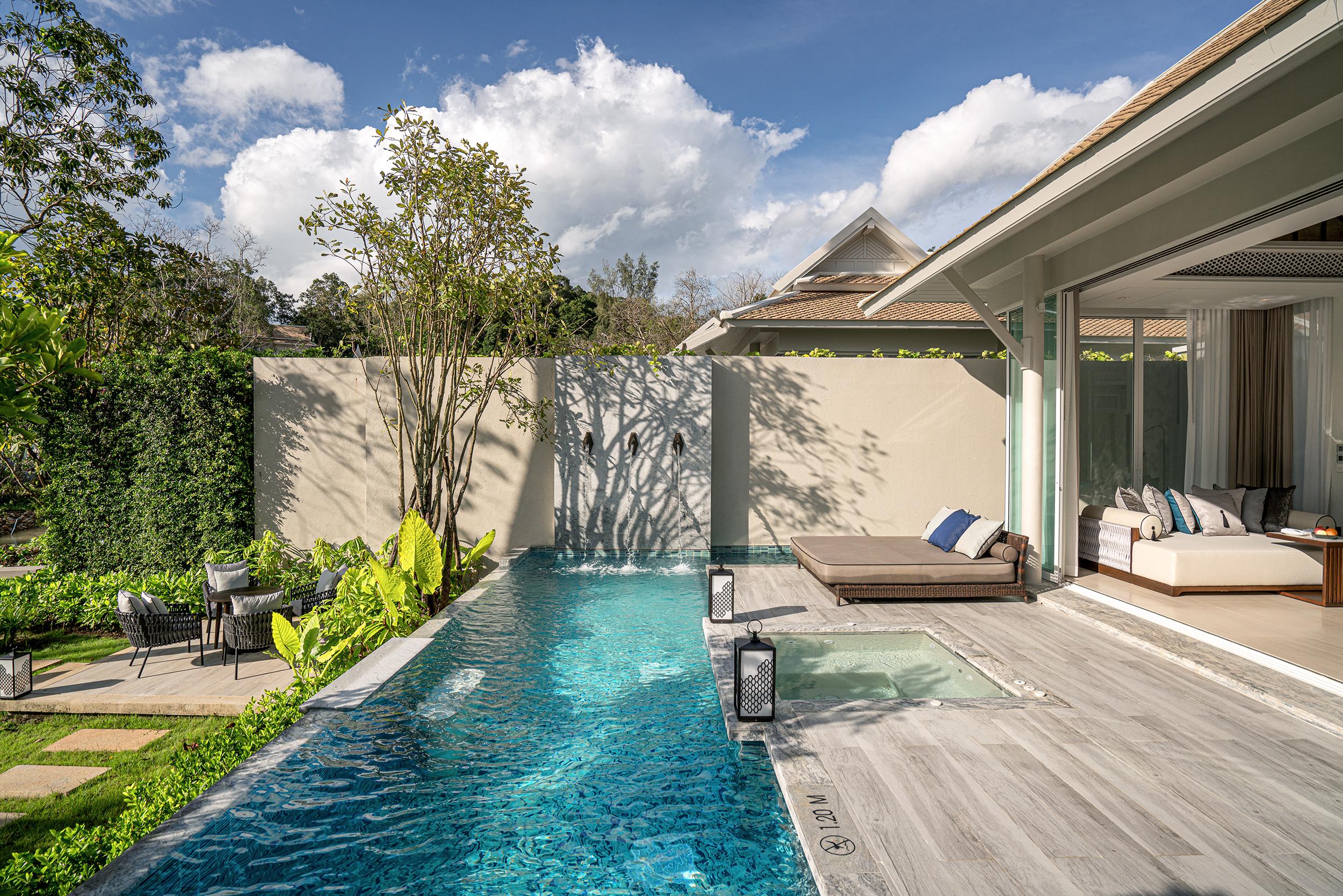 Beachfront Pool Villa 2
