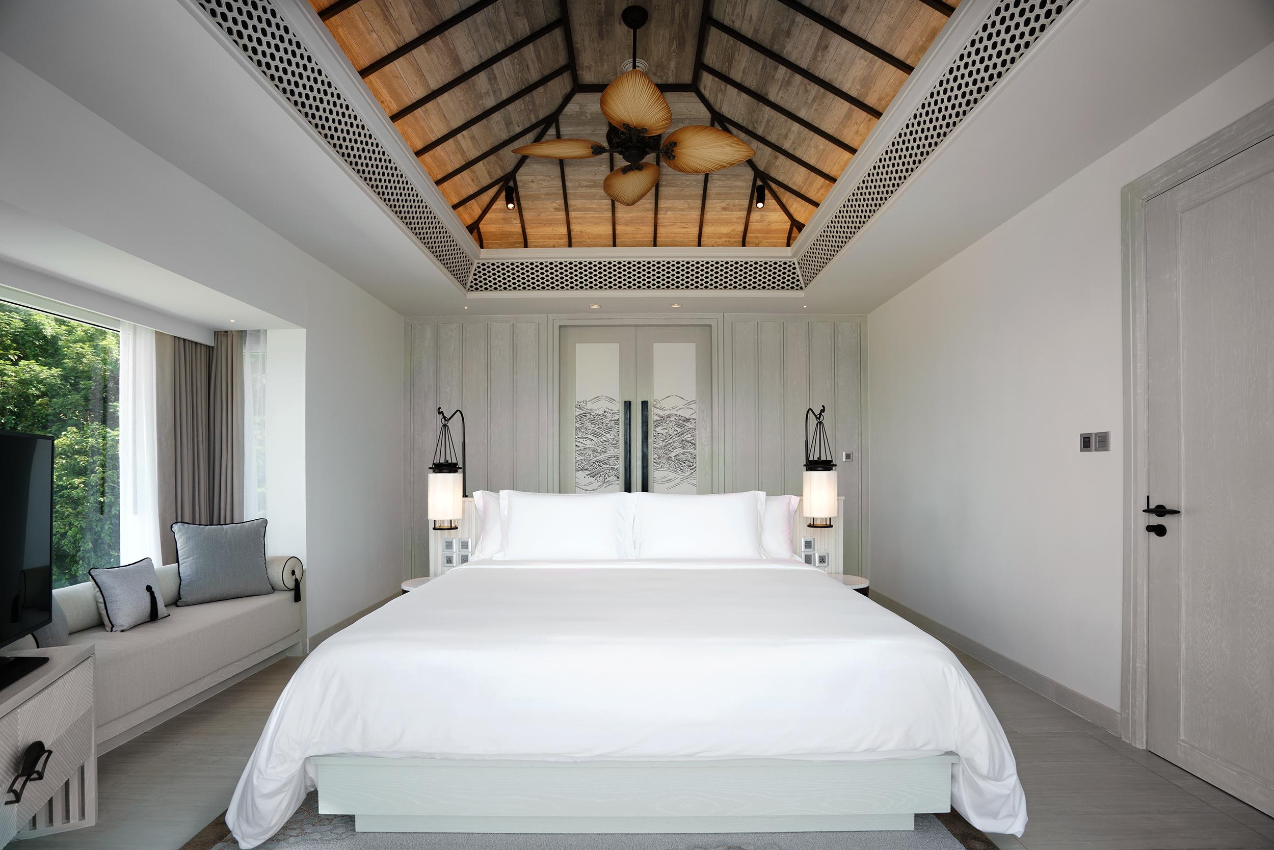 Two Bedroom Ocean Pool Suite 1