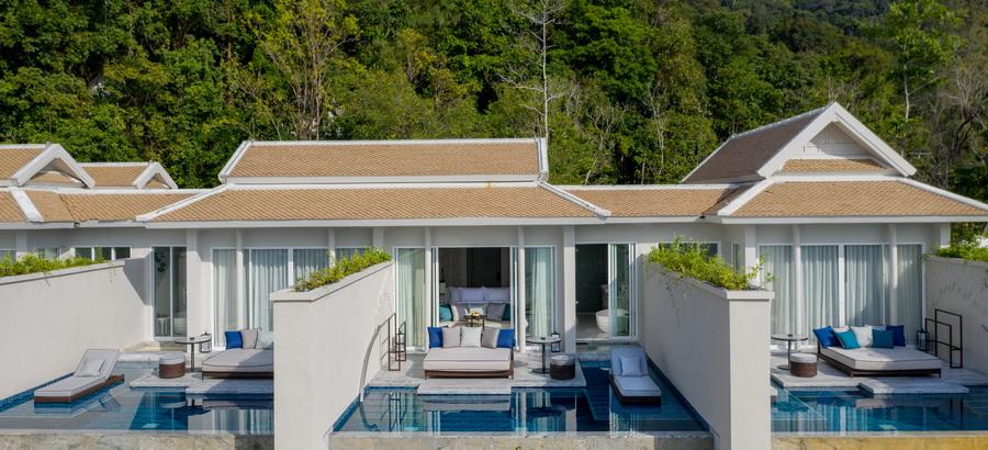Premium Ocean Pool Suite 10
